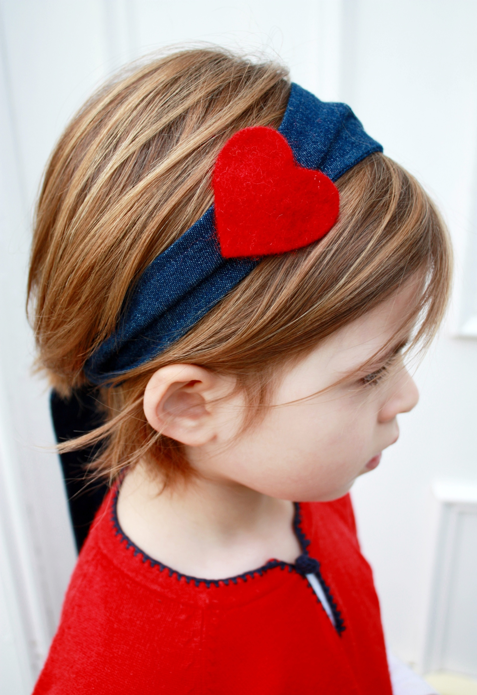 Denim headband with red felt heart 1