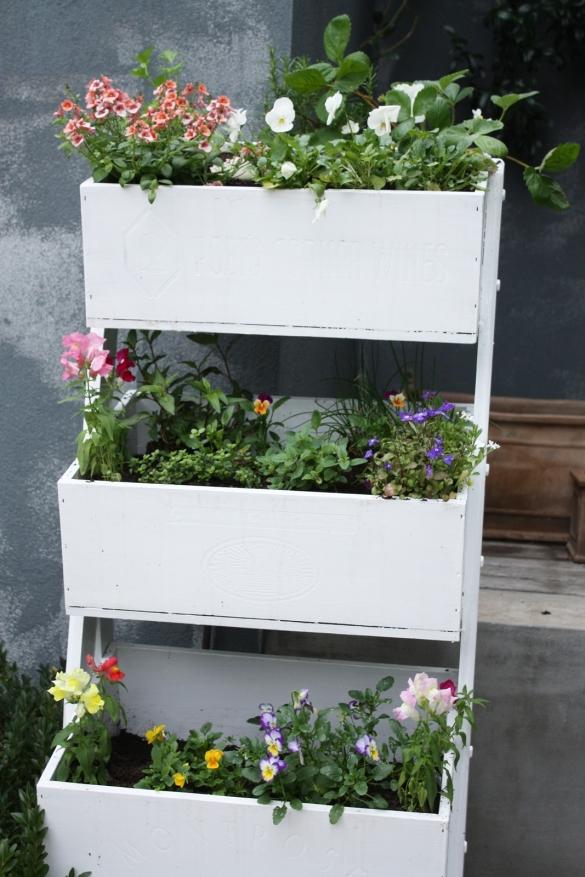 free flower planter plans