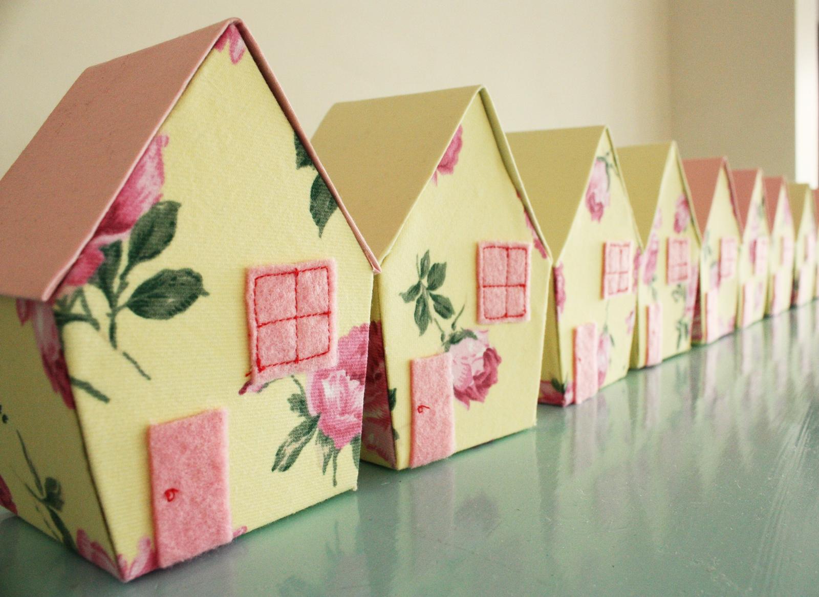 Mini Fabric Doll Houses