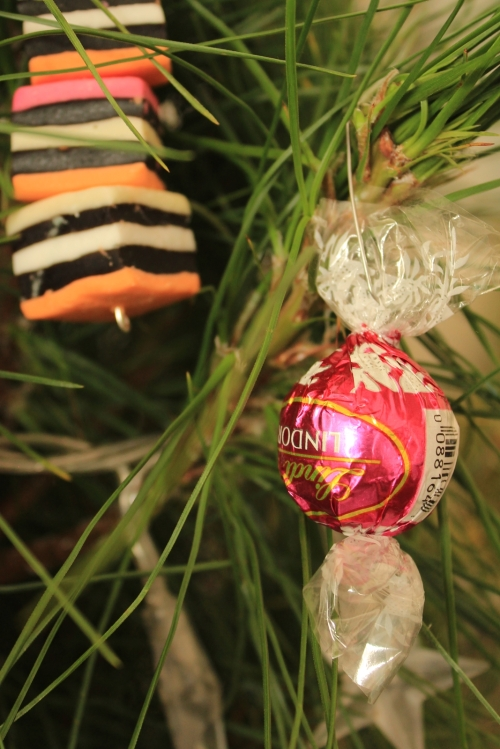 Lindt ball bauble