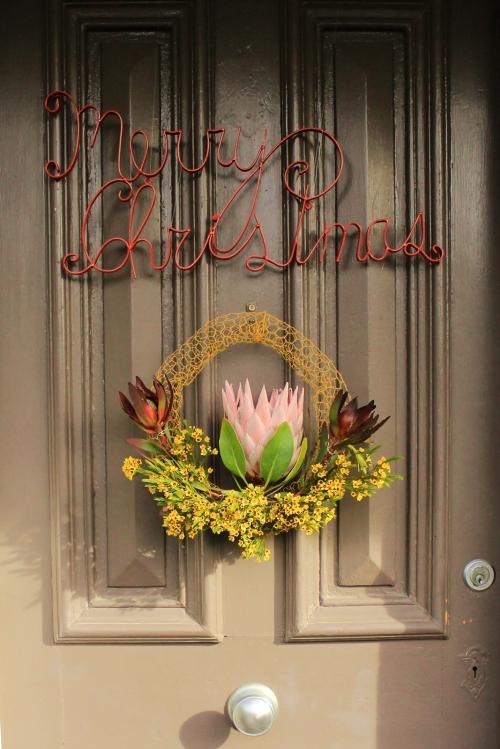 Merry Christmas, doorknob and wreath