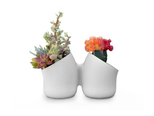 Pots stuck together