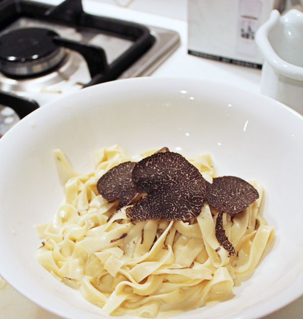 home made pasta with truffle