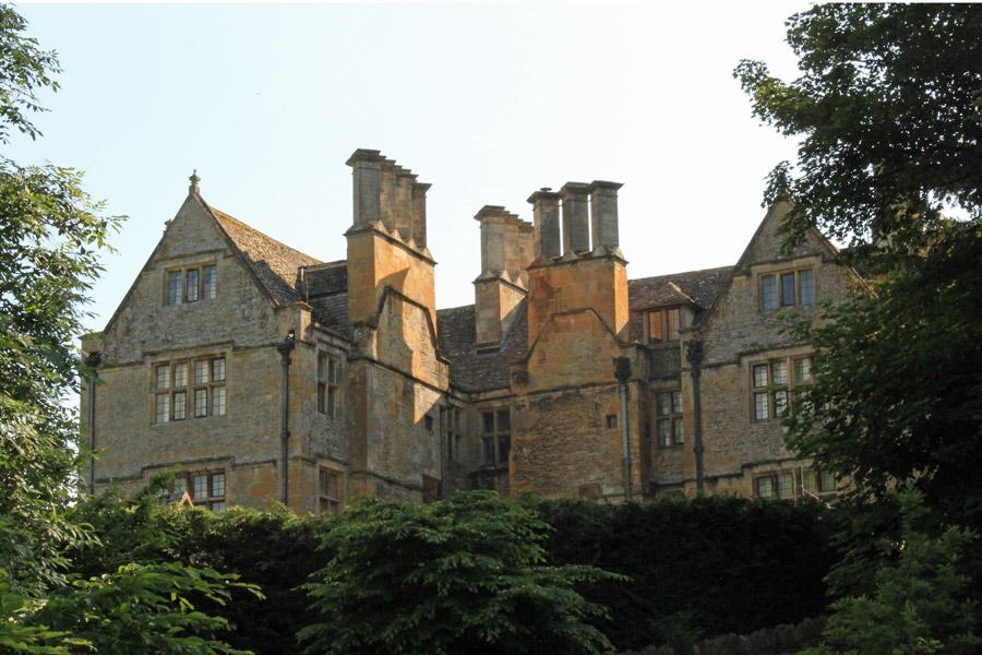 Upper-Slaughter-Manor
