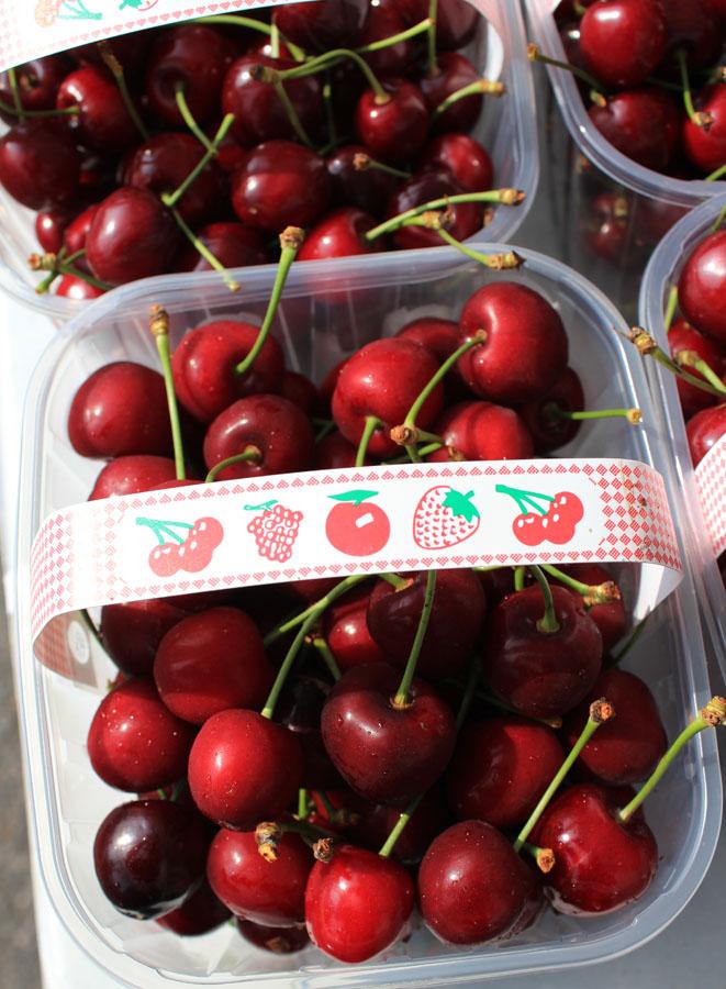 Cherries Marlyebone farmer's market