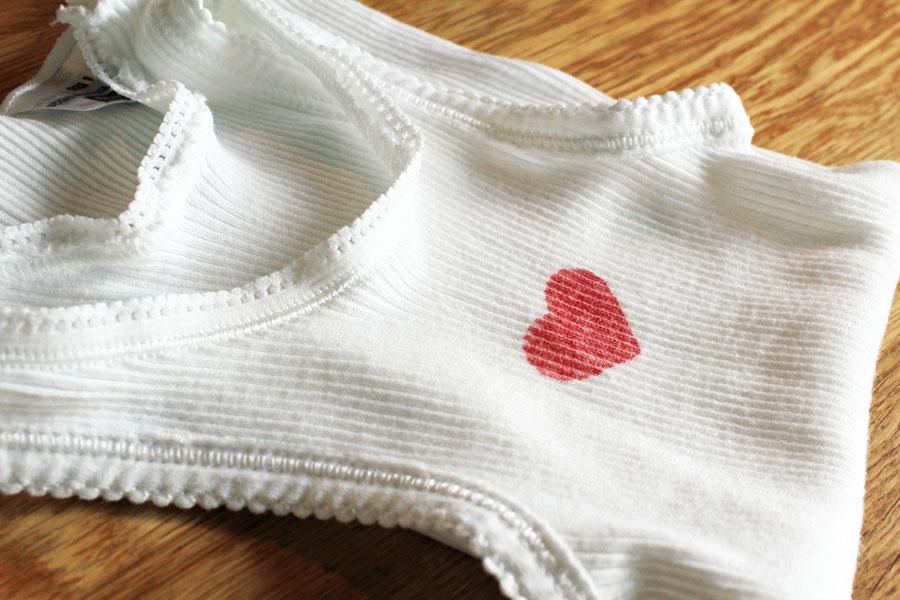 Love heart singlet close up