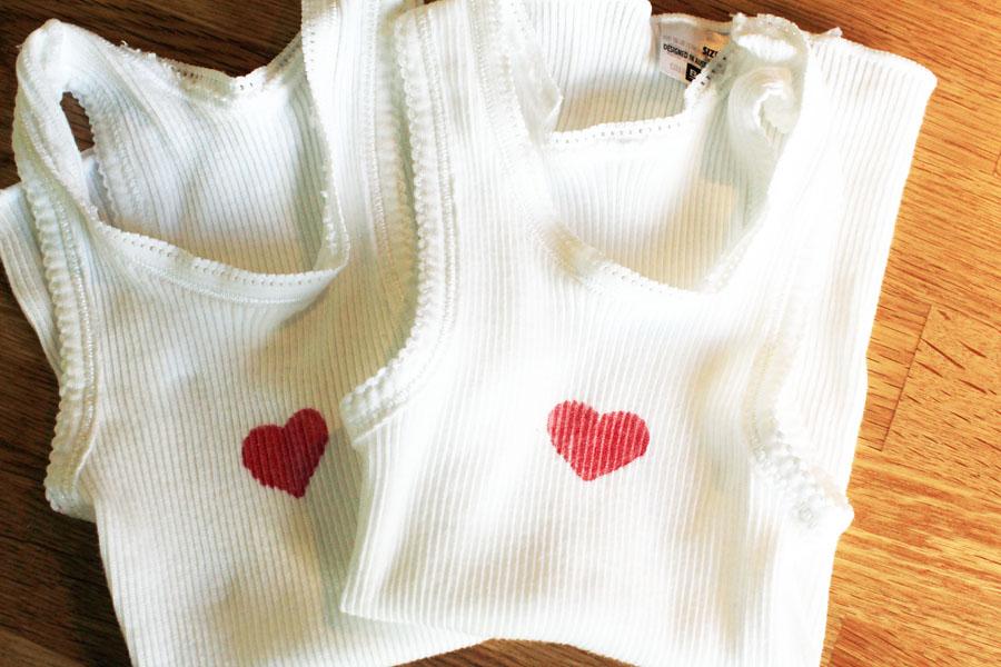 Love heart singlets