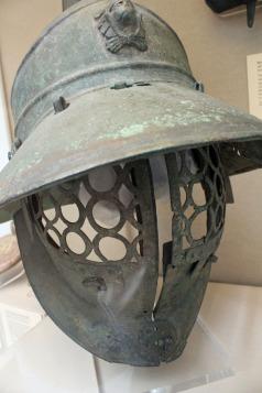 Venatores gladiator helmet British Museum