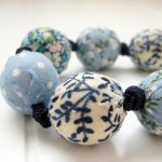 Fabric covered bead necklace - blue florals (2)