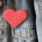 Polka dot love heart badge pin brooch (2)