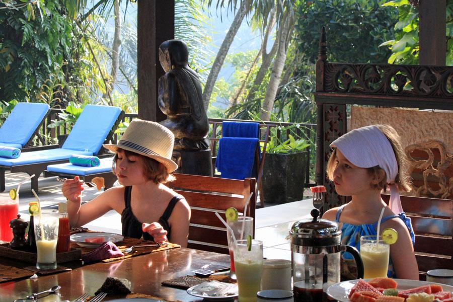 Tropical breakfast
